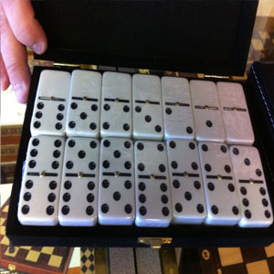 Syracuse Domino Sets